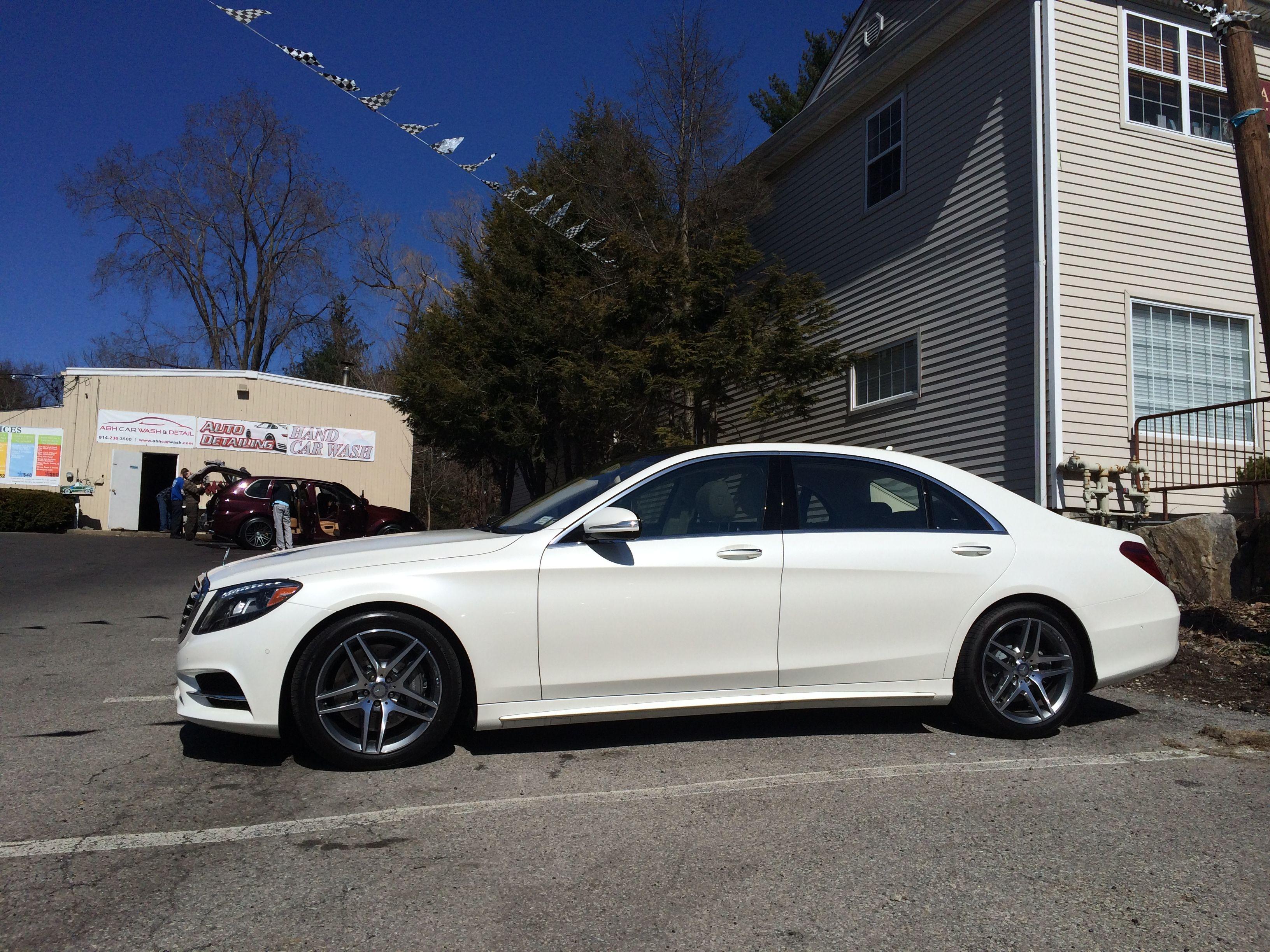 Mercedes-Benz E-Class: Washing by hand