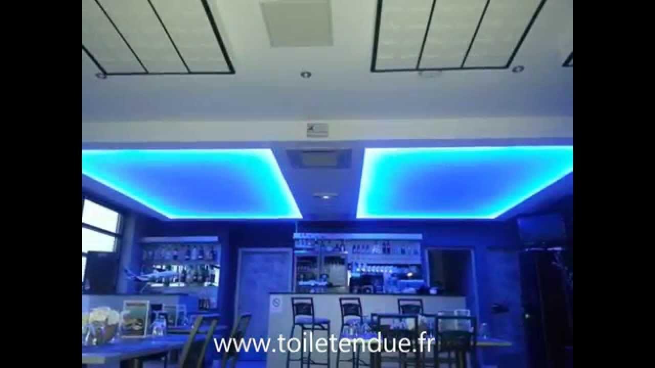 plafond lumineux plafond r tro clair visitez notre site. Black Bedroom Furniture Sets. Home Design Ideas
