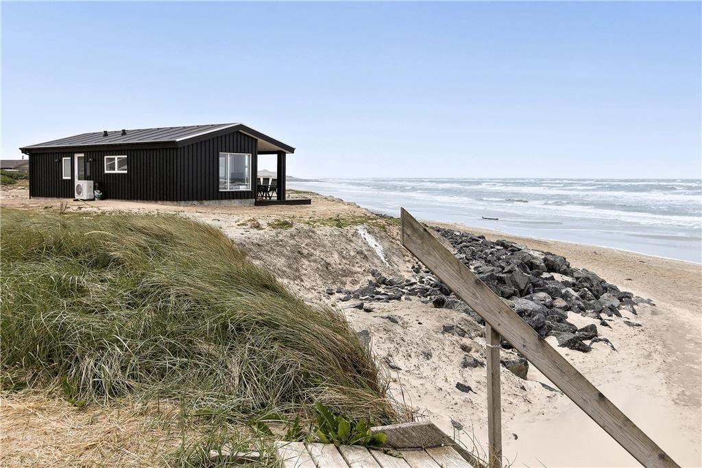 Strandhaus 1487 Zum Mieten Norlev Strand Buchen Sie Ein Ferienhaus Ganz Nah Am Strand Fur 6 Personen Norle Ferienhaus Am Strand Ferienhaus Ferienhaus Danemark