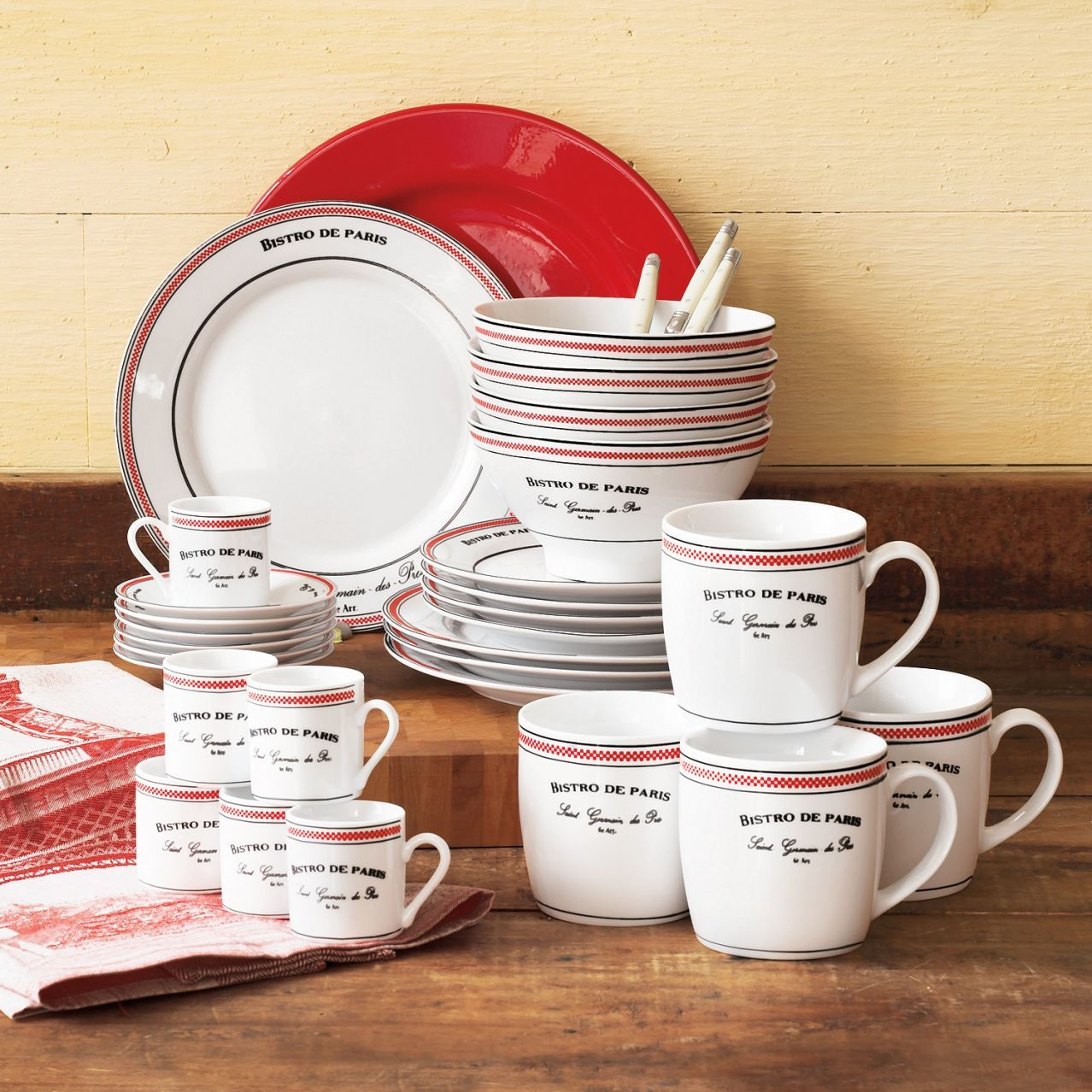 Lofts · u0027 & Bistro de Parisu0027 Dinnerware Set 16 Pieces | Sur La Table | Kitchen ...