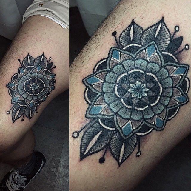 Knee Tattoo Quotes: _ #mandalatattoo #tattoo 허벅지 안쪽이라 사진이 아쉽..ㅎ 신나는 #만다라타투 작업
