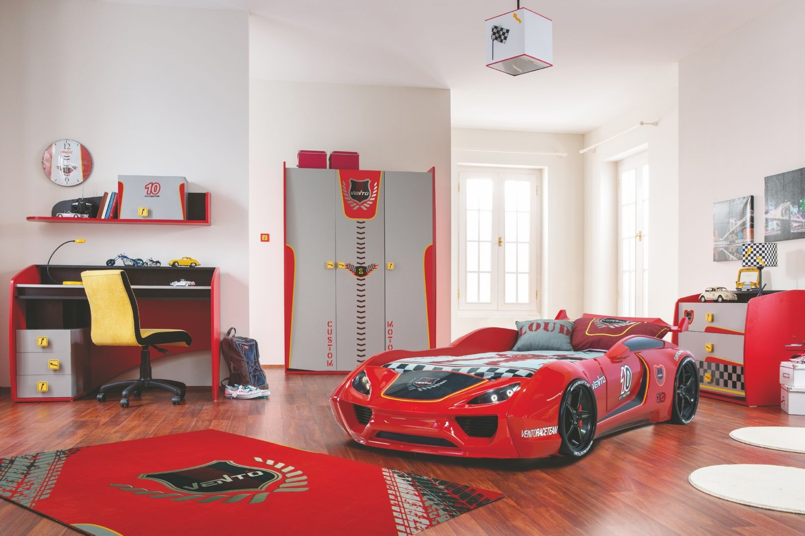 Kinderzimmer komplett Set Autobett 5-teilig Rennfahrer ...