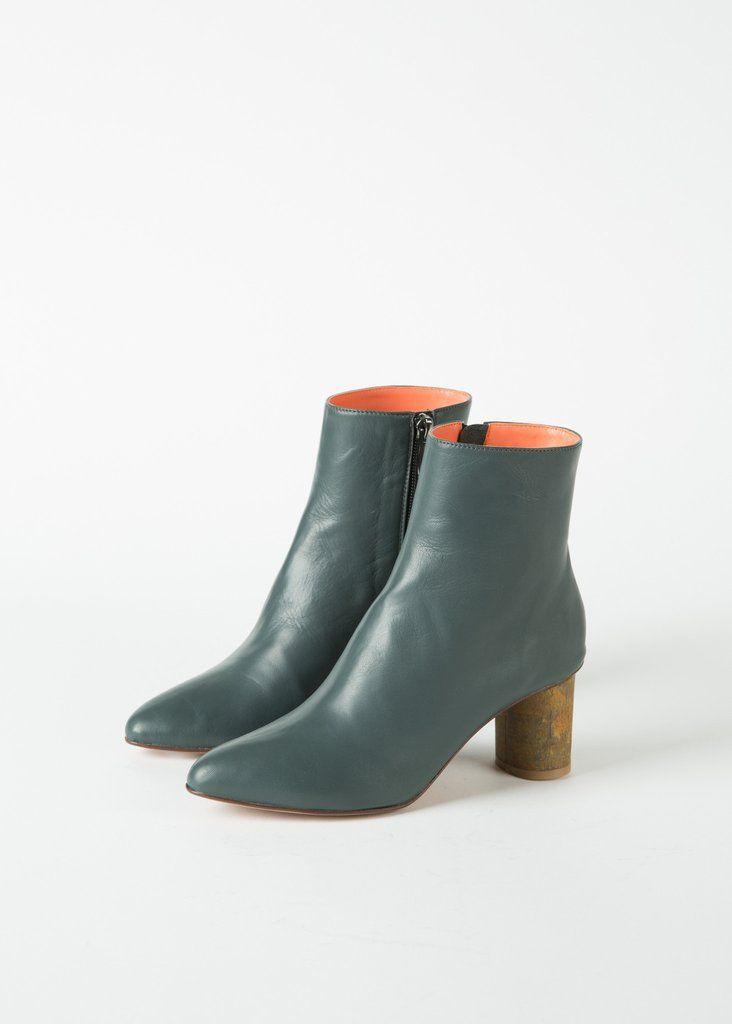 Monika Boot