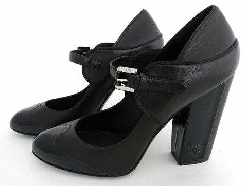 d8b17c6ce2fe Chanel Black leather and Patent Chunky Heel Mary Jane Size 40 08P  LABstyle