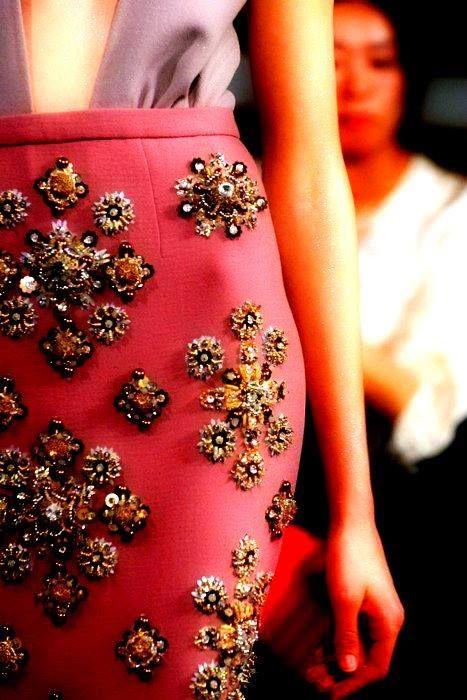 Eye for Detail - embellished skirt - monstylepin #fashion #fashiondetail #embellishedskirt #embellished