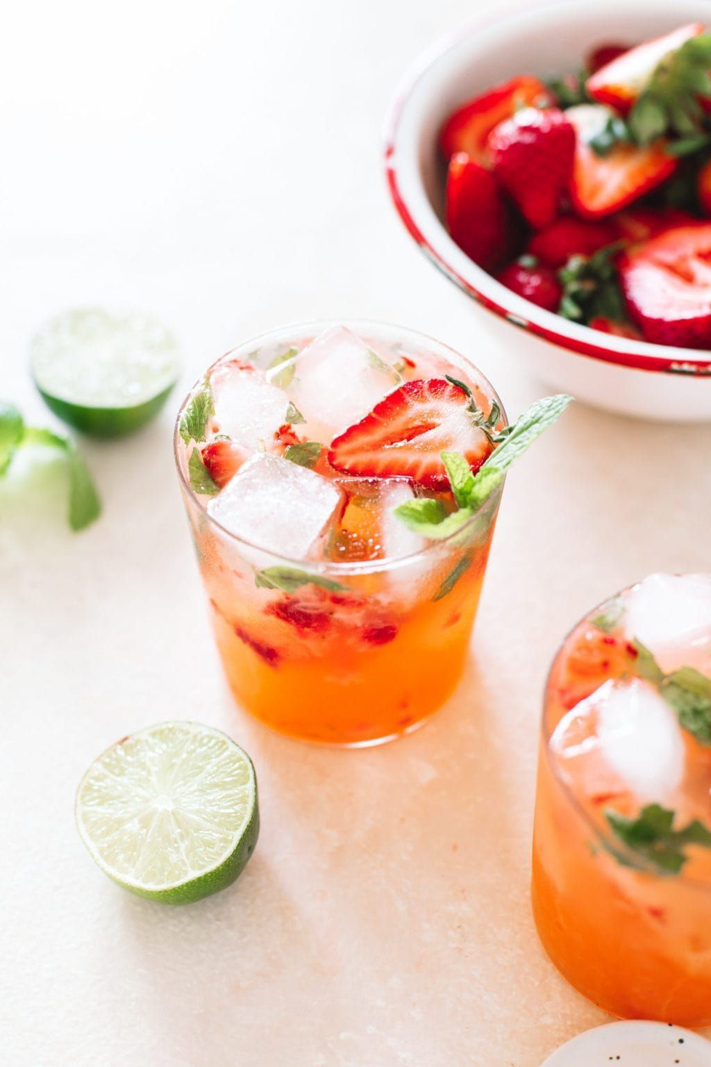 Strawberry Gin Mojito Recipe Strawberry Gin Easy Fruity Cocktails Cocktail Recipes Easy