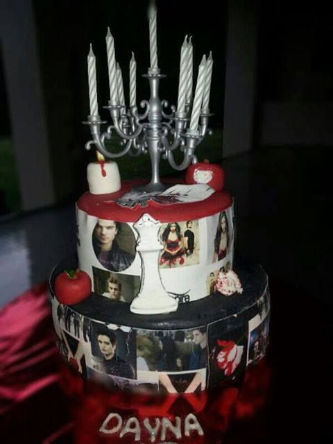 Vampire Birthday Cake Scale 1 10 Score100 000 000 000