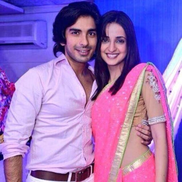 Sanaya Irani S Instagram Pics Indian Celebrities Instagram Pictures Arnav And Khushi
