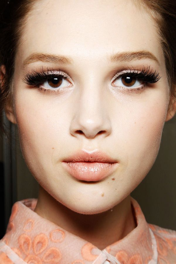 7 Makeup Tricks For Brown Eyes Im Also Guessing Blues And Green