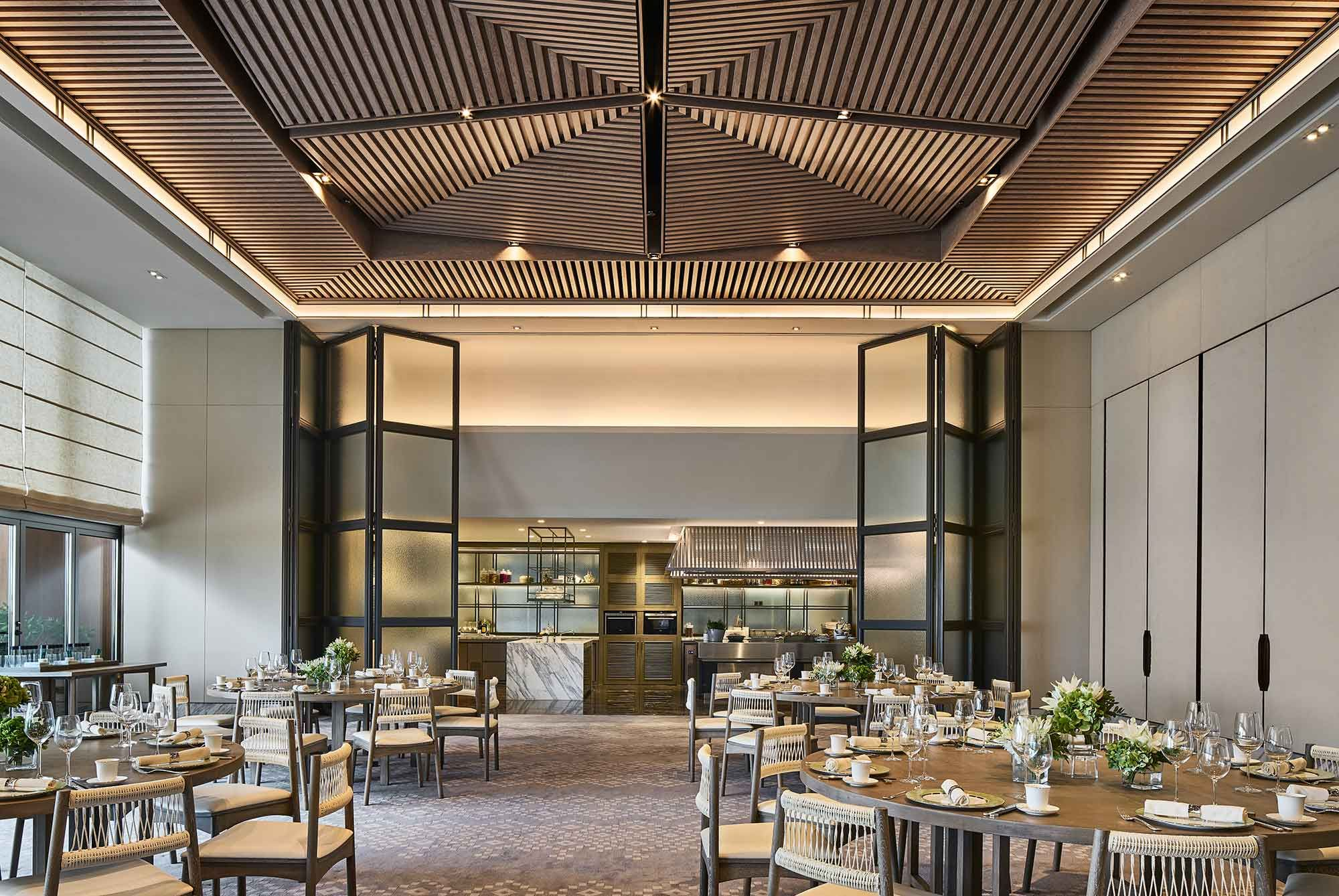 Rosewood Sanya Private Dining Room的圖片搜尋結果 False Ceiling