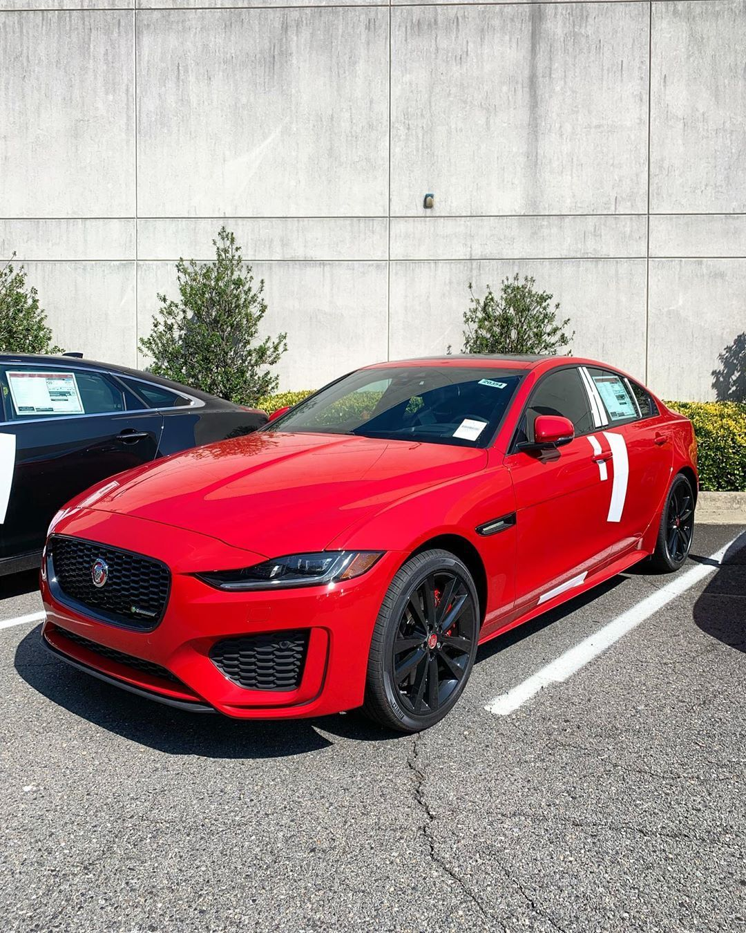 A True Beauty Just Found Its Way Into Our Inventory Who Will Be The First To Snag This 2020 Xe R Dynamic S Jaguar Xe Xer Jaguar Bmw Car Bmw