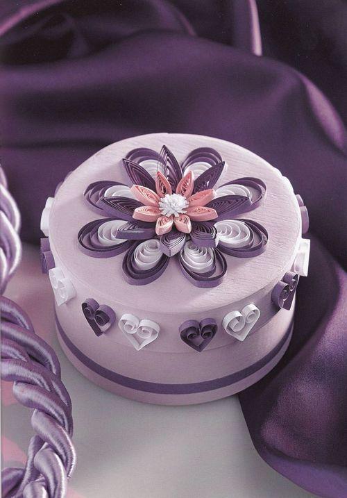 Creatii Quilling - Cutie mov cu flori