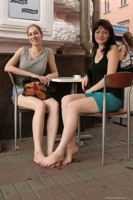 Barefoot Girls 2 Barefoot Barefoot Girls And Hippie Chick