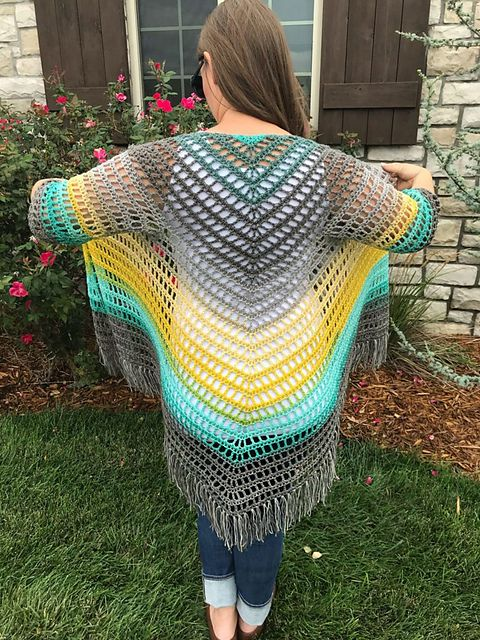 It's Shawl Good Cardigan pattern by Ashlea Konecny #ponchos