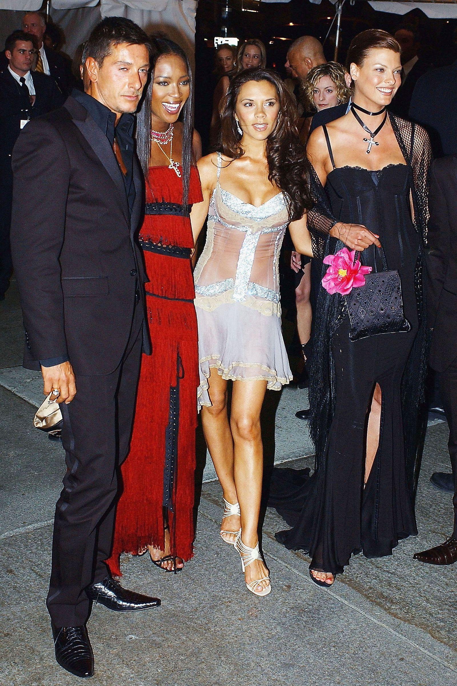 The 40 Wildest Met Gala Looks Of All Time Met Gala Looks Met Gala Met Gala Red Carpet