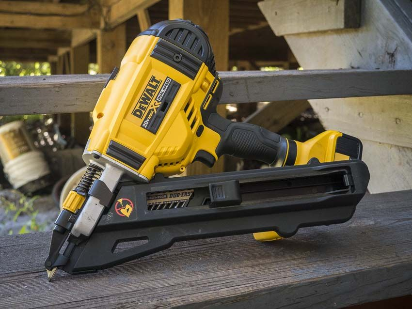 DeWalt Cordless Strap Nailer Review DCN693M1 | Nail gun, Guns and ...
