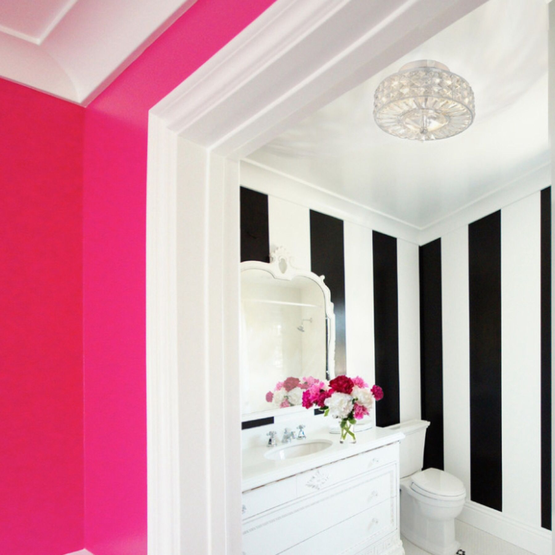 Pretty in Pink | Bathroom | Pinterest | Room ideas, Room and Wall papers