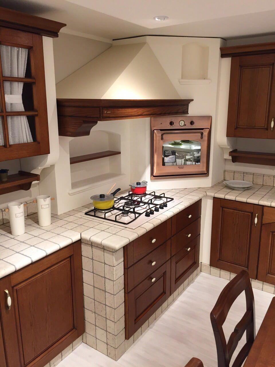 OFFERTA IRRIPETIBILE !! Cucina in muratura completa di ...