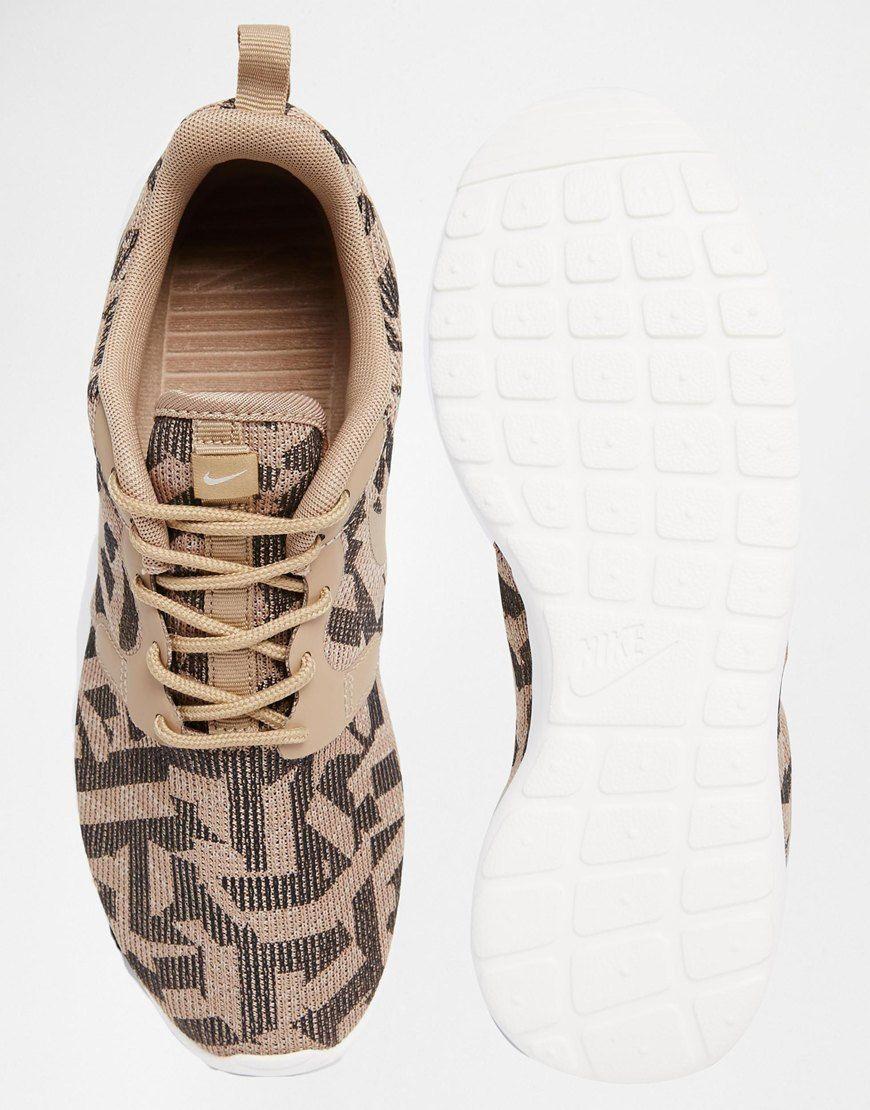 Image 3 of Nike Roshe Run Jacquard