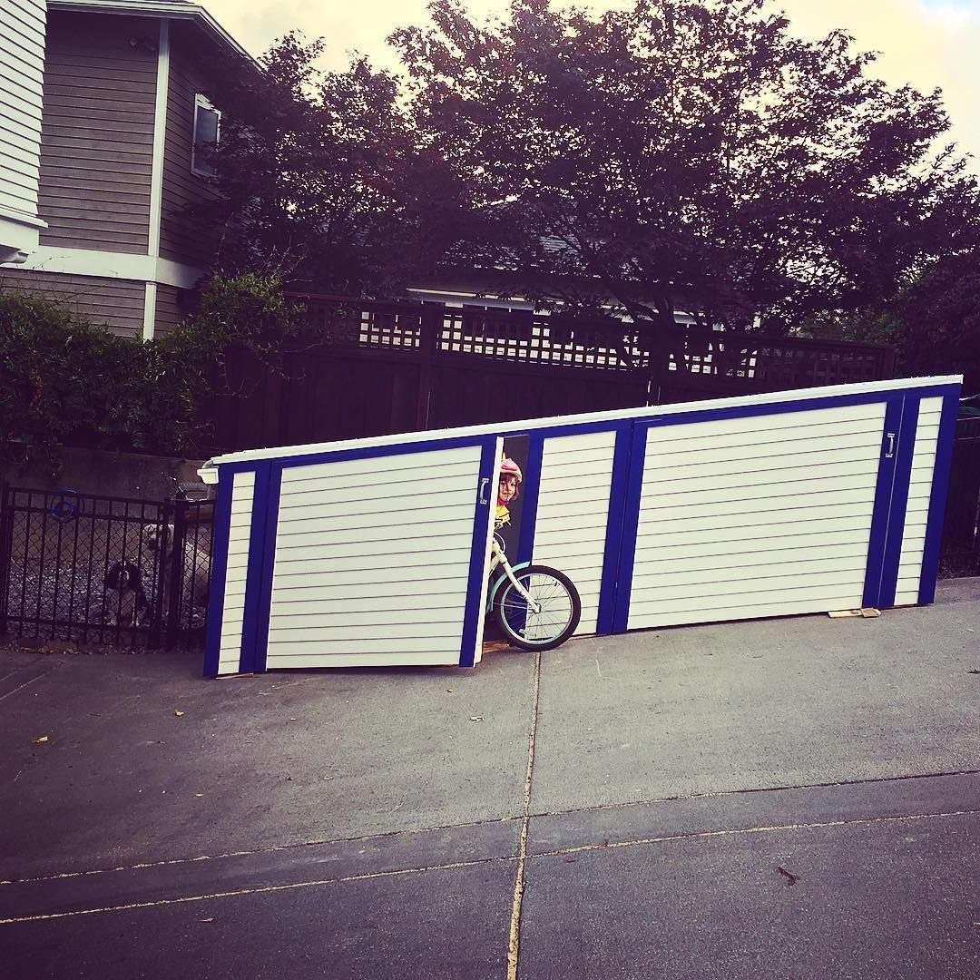 New bike shed wasn't easy to get built on this pitched driveway but got done 👊🏻 #bikeshed #storage #bikestorage #driveway #organization #bikes