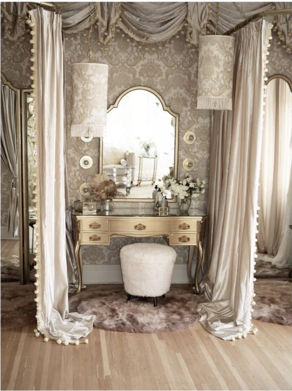Vintage Glam Dressing Room Interior Design | Old hollywood ...