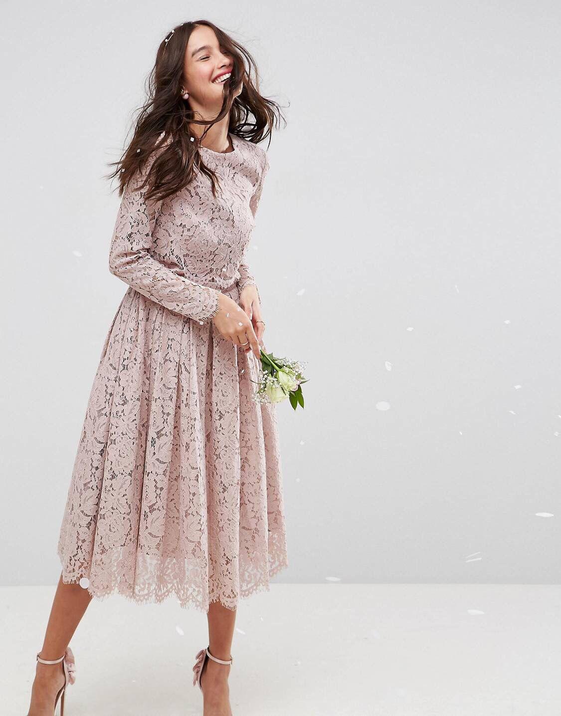 ASOS WEDDING – Langärmliges Midi-Ballkleid aus Spitze  Kleider