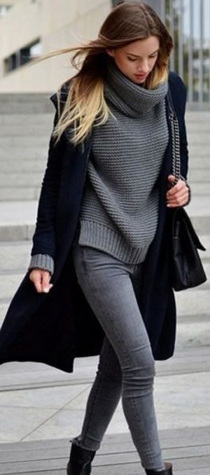 40+ Simple and Classy Winter Outfit ideas for ladies