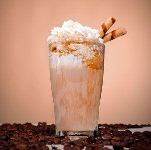Batido de Café y caramelo con nata montada