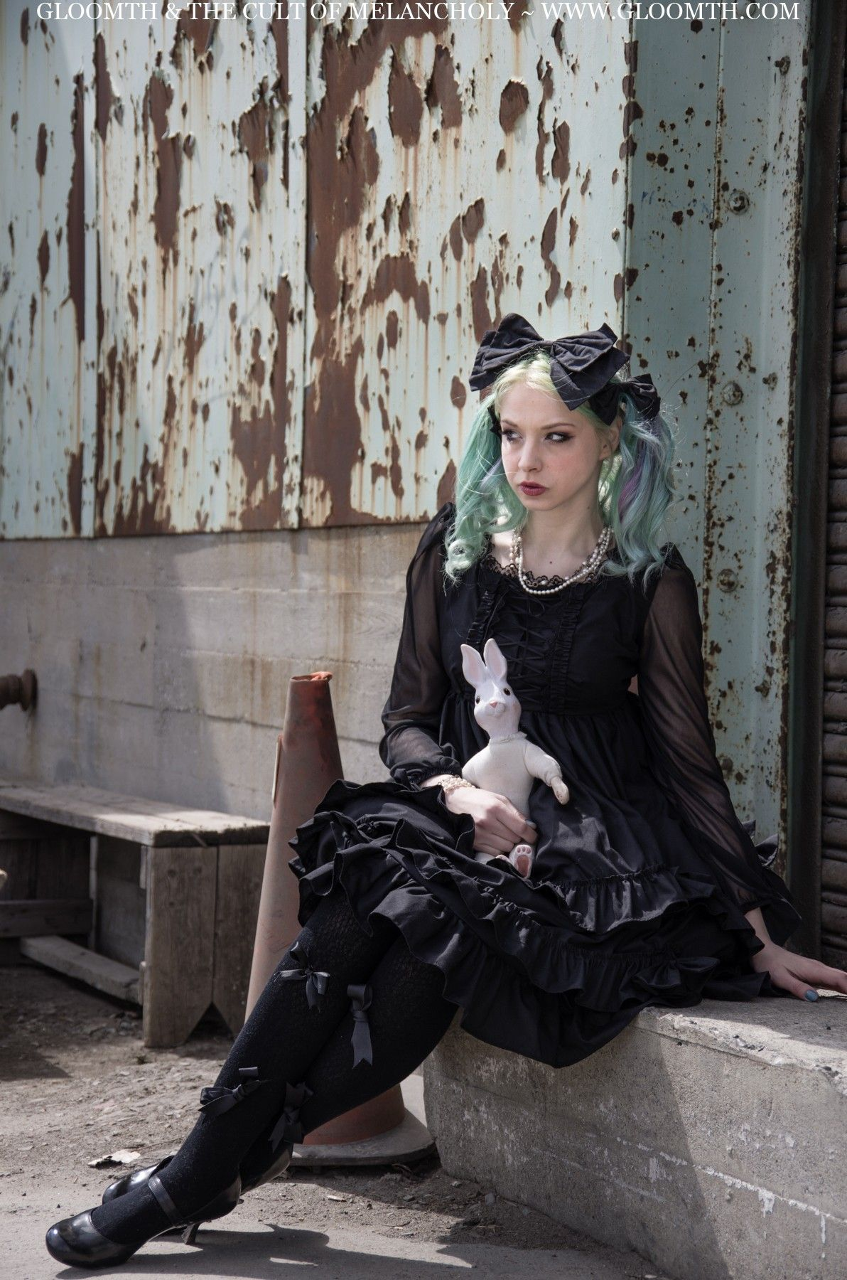 ab5f5417307 Gloomth   the Cult of Melancholy. cool 30+ Amazing Goth Photoshoot Ideas