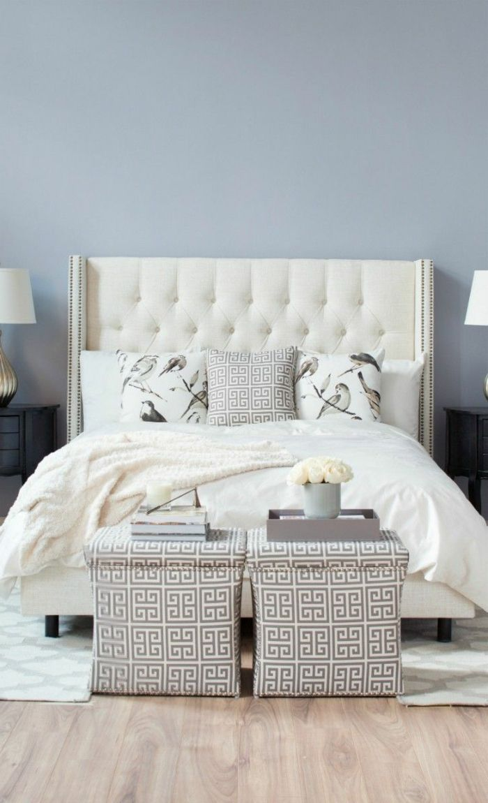 0 joli lit captionn e lit baroque avec tete de lit blanc captionnee pour la chambre a coucher. Black Bedroom Furniture Sets. Home Design Ideas