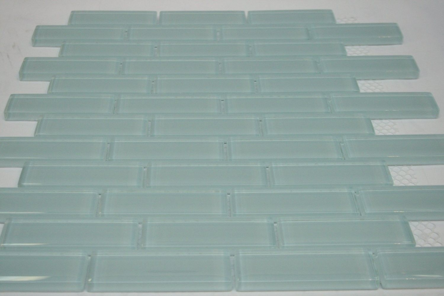 Soft Blue 1 In X 3 In Glossy Finish Sky Blue Glass Tile Blue Glass Tile Tiles Price Glass Tile