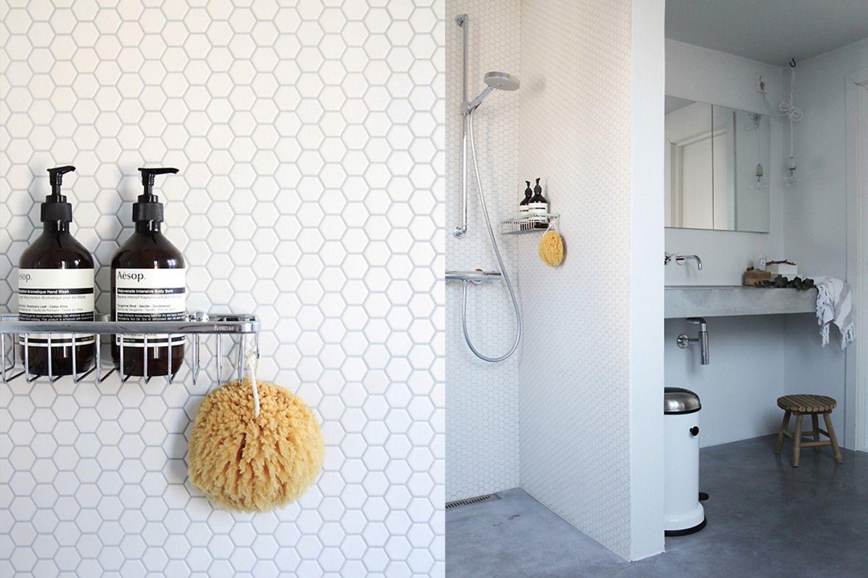 Witte tegels badkamer: mozaïek tegels in de badkamer materialen