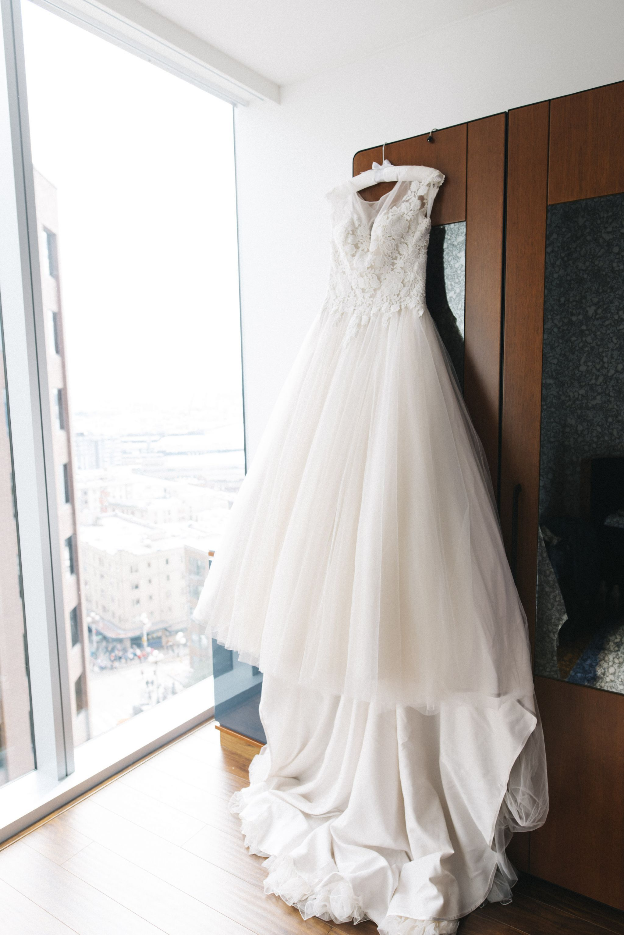 Justin Alexander 8852, $600 Size: 10 | Used Wedding Dresses ...