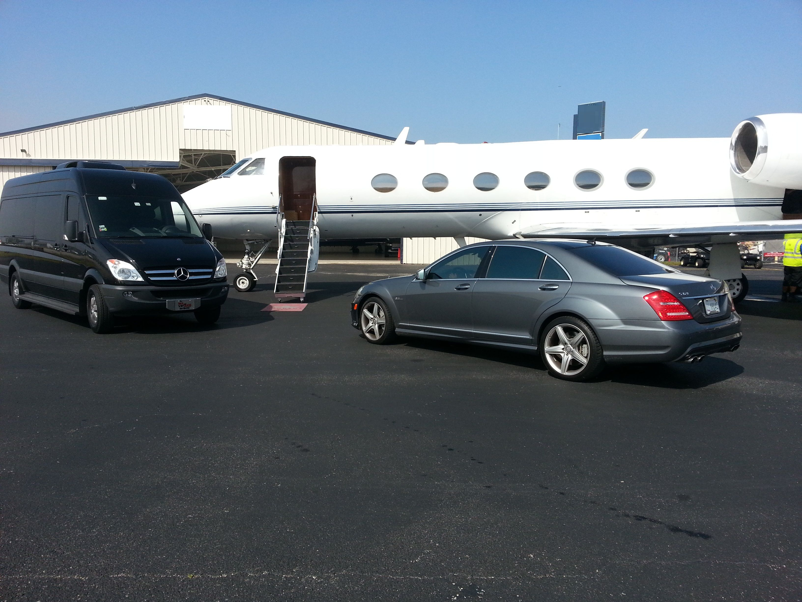 Are you looking for airport_shuttle_to_fort_lauderdale