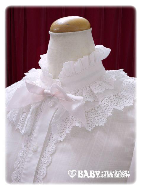 coronation blouse neck 2.jpg