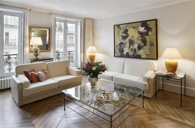 Really Nice Love It A Bit Further Away But Neighborhood 2 Bedroom Apartment In Central Paris To Rent From 1153 Pw With Tv