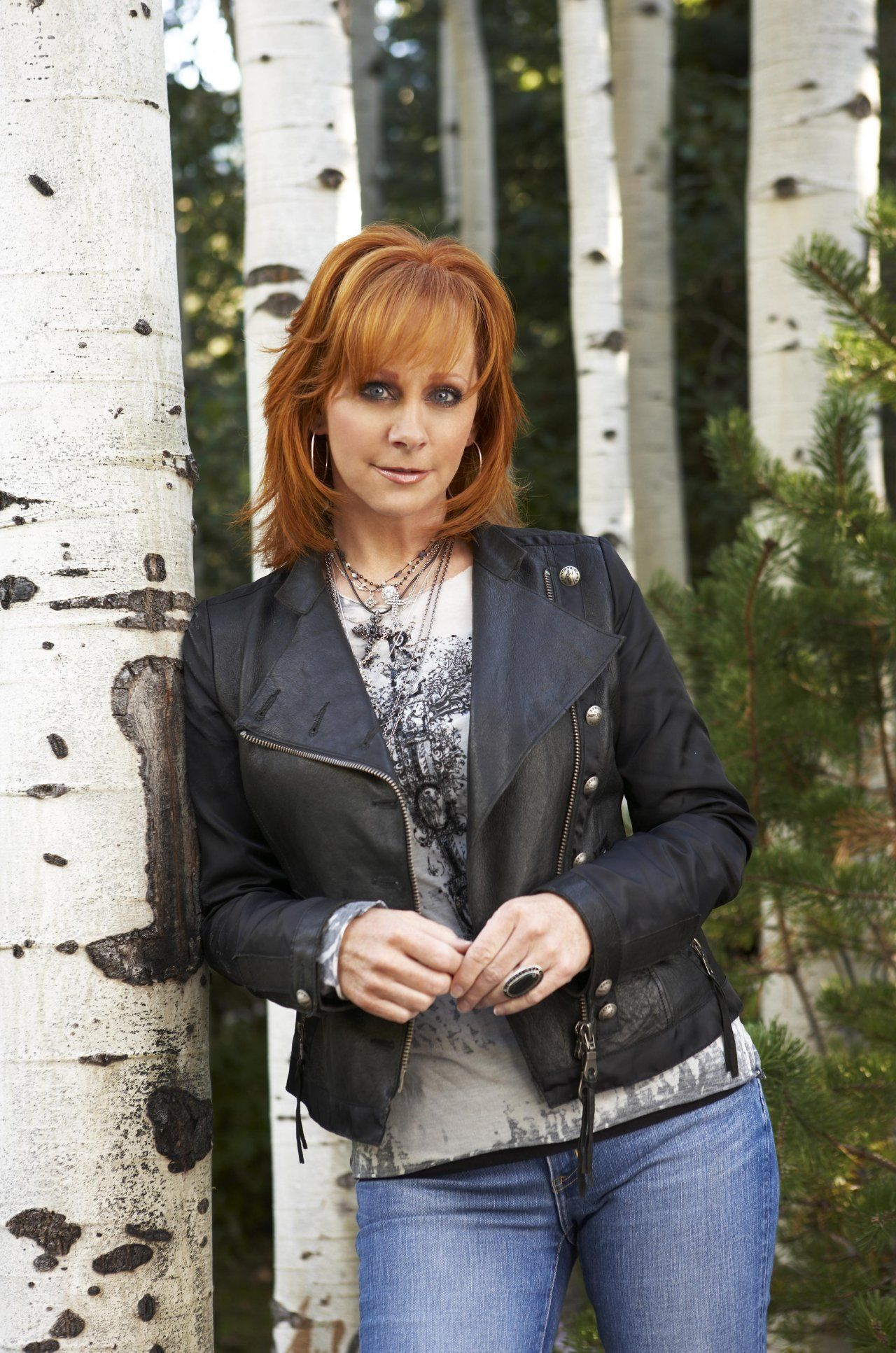 reba mcentire country queen Born and raised in san antonio, texas and a huge fan of reba mcentire love everything about her.