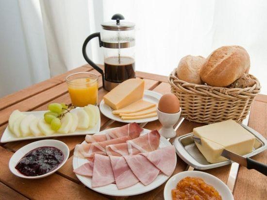 Das deutsche Frühstück!   Alles Deutsche!   Pinterest ...