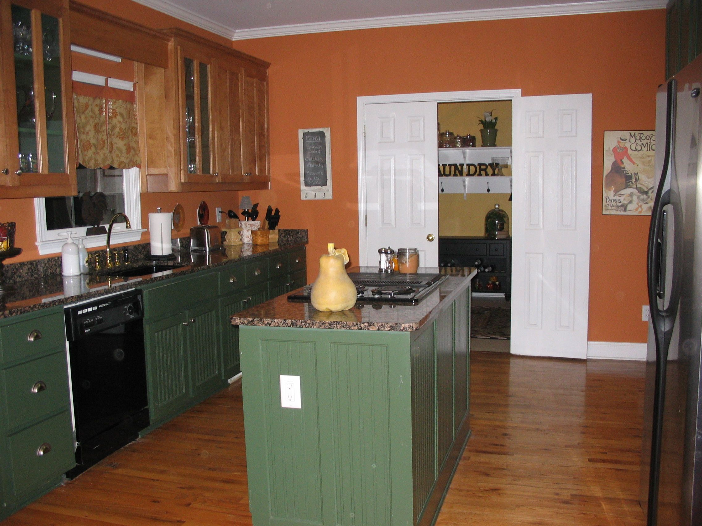 Best My Pumpkin Orange Kitchen With Green Maple Cabinets I 400 x 300