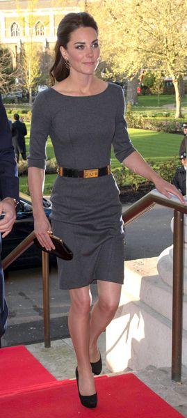 Kate Middleton. Fitted 3 4 Sleeve Dress. Black Gold Belt. Heels. 22d466bb7