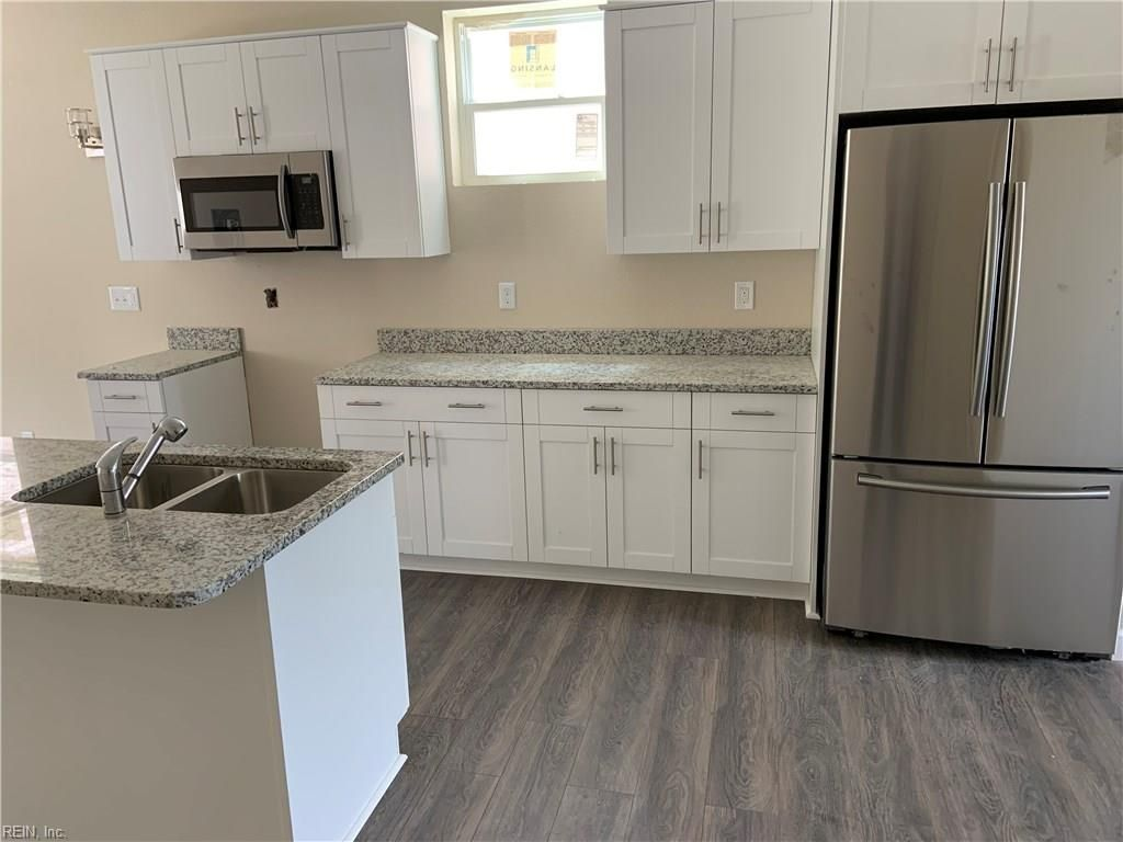 716 A Ave Norfolk Va In 2020 Home Home And Family Home Decor