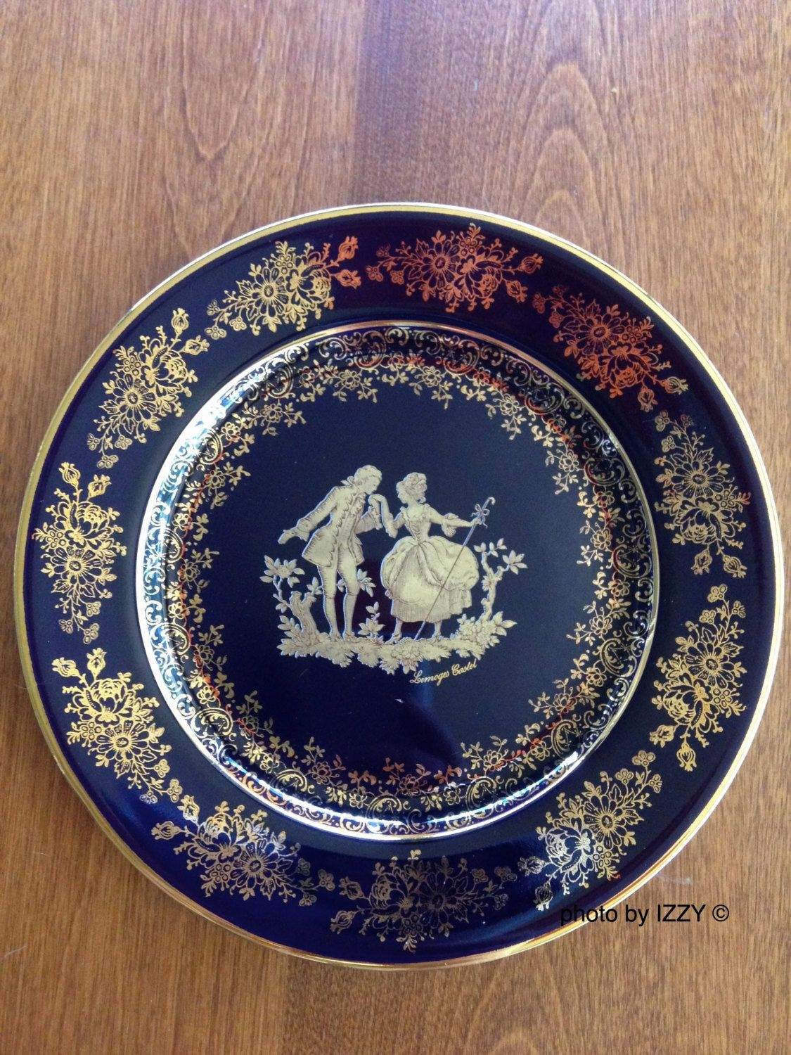22K Gold Cobalt Blue Limoges Castel Decorative Plate / France / Fragonard Victorian Courting Couple by TheVintageCorridor on Etsy : gold decorative plate - pezcame.com