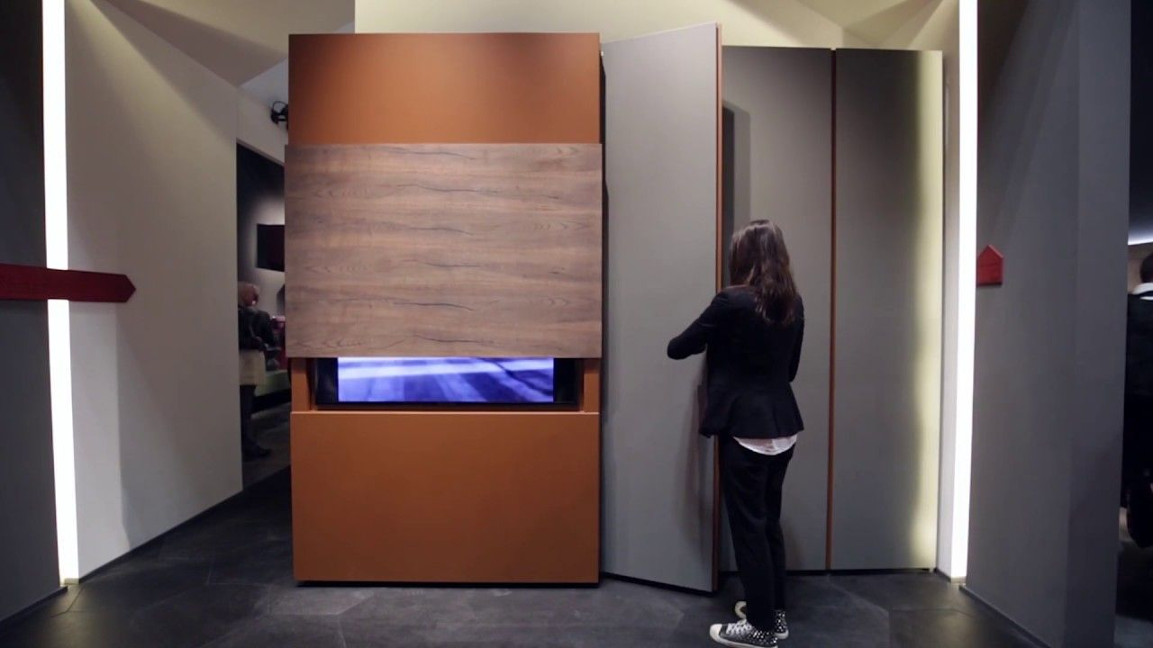 Armadio A Scomparsa porta tv a scomparsa su anta scorrevole sipario by fimar