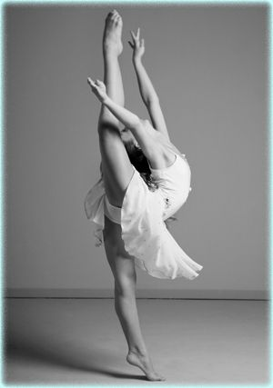Pointe Dance Pictures Google Search Summer Dance Camps Dance Camp Dance Academy