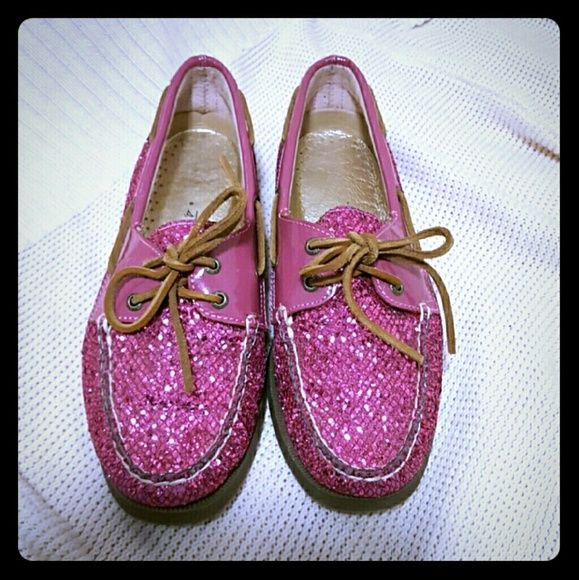 f2cae165bbc2d0 Sparkly Pink Sperrys Fabulous sparkly boat shoes for the summer! Make a fun  statement with these! Soooo cute and preppy! In excellent condition! Make me  an ...