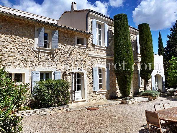 Bastide de charme avec piscine pour des vacances en Provence, à - location vacances provence avec piscine