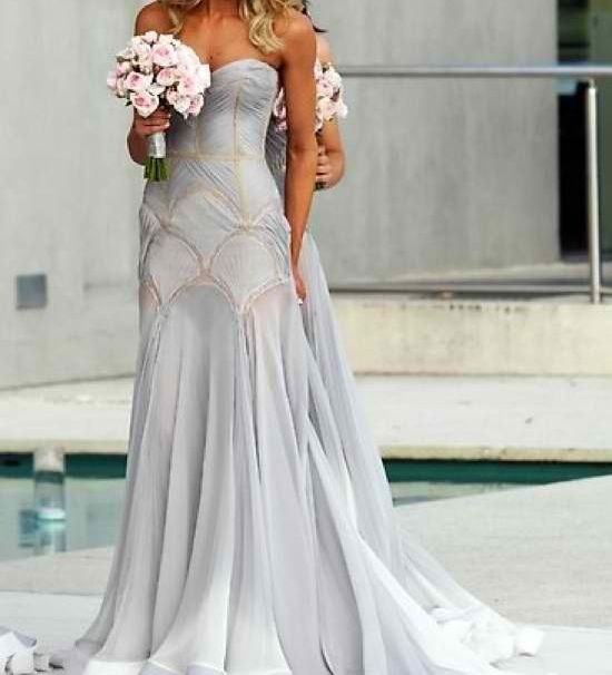 Beautiful Flowy Wedding Gown In Off-white... Would Never