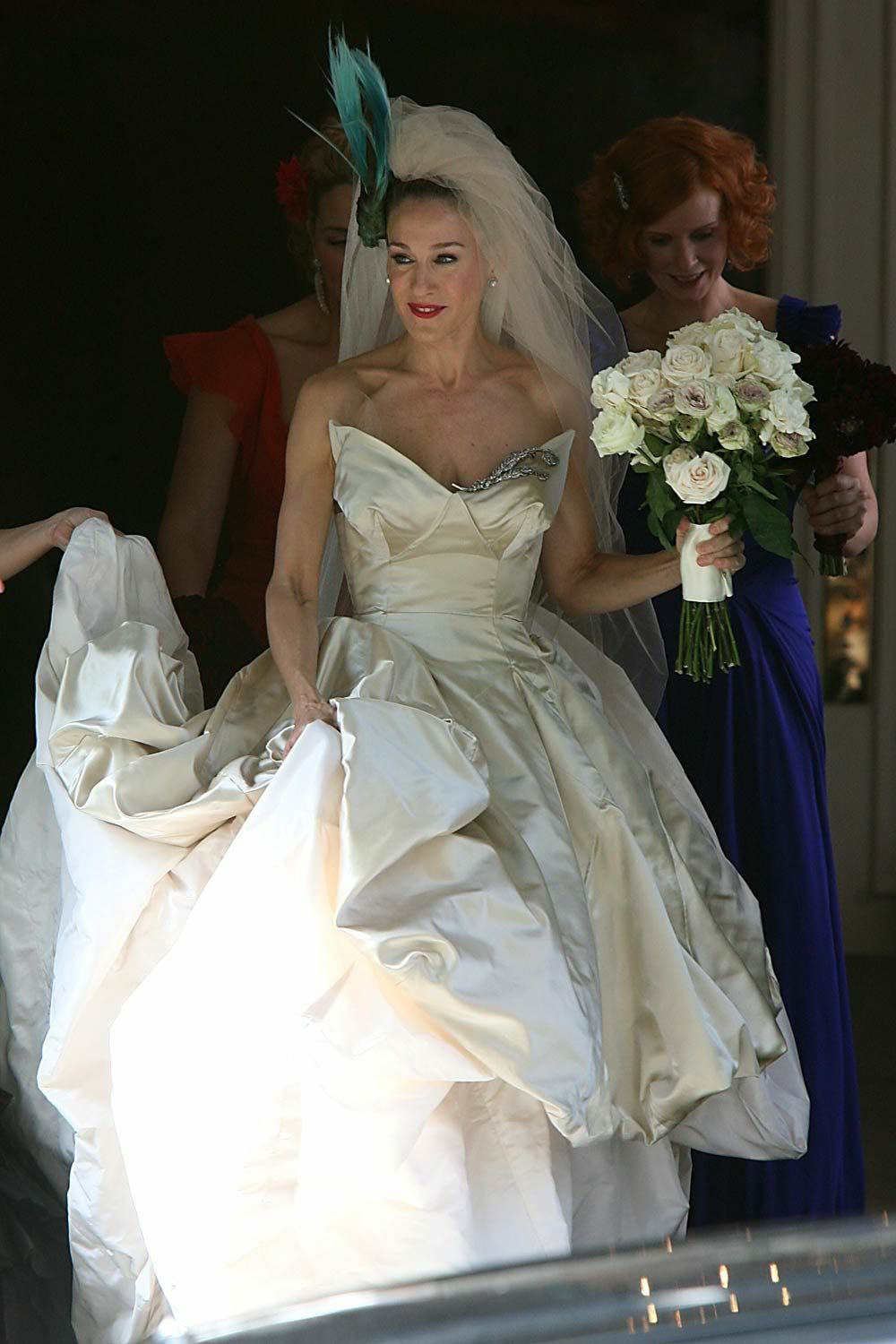 carrie bradshaw in the vivianne westwood wedding gown | yez, i