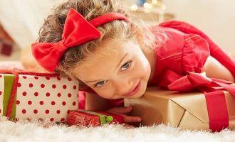 American Girl Welcomes Santa #event #kids