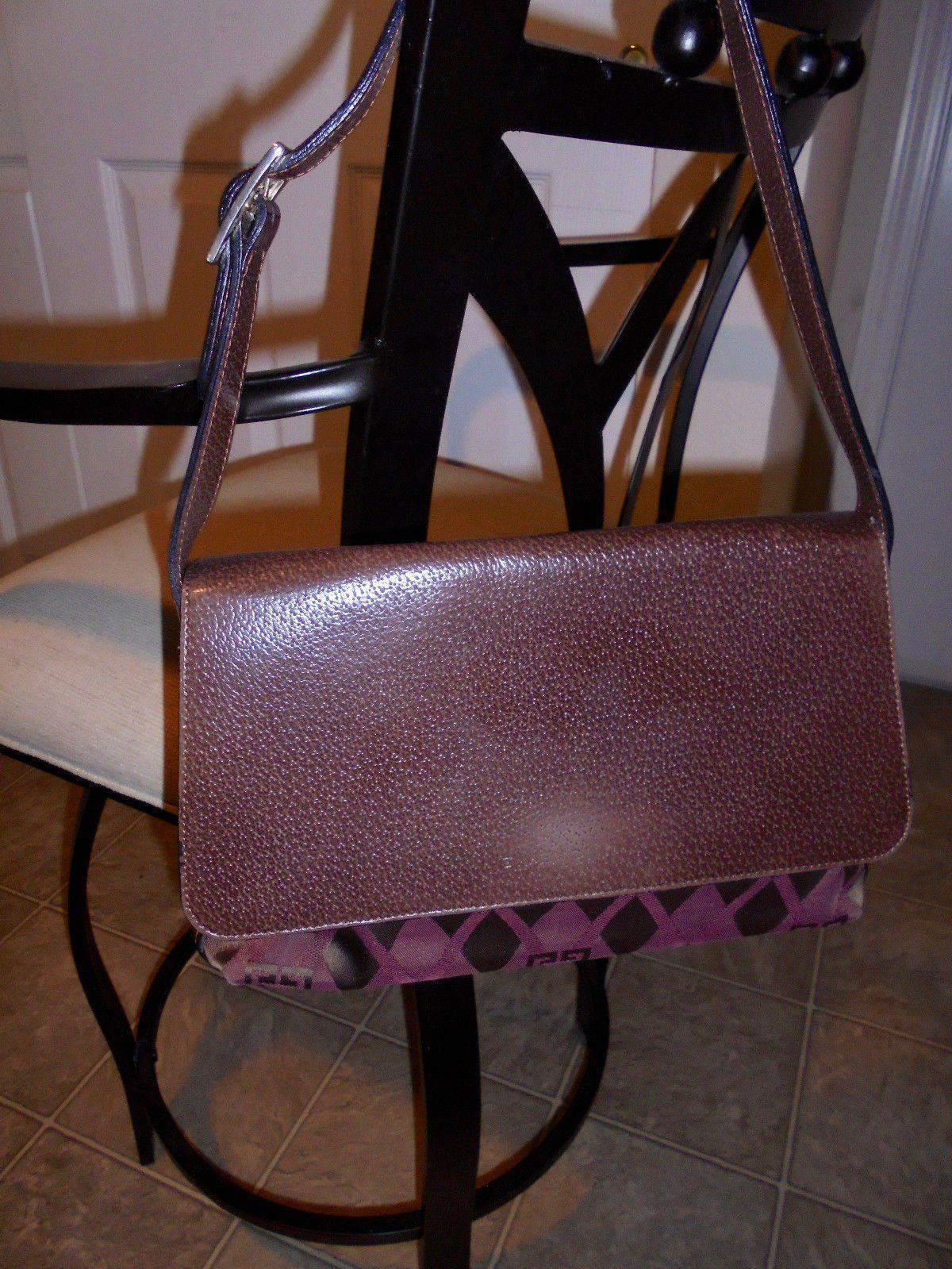 #Trending - Vintage Pebbled Leather Flap Signature GIVENCHY Shoulder Bag Purse https://t.co/9kd9fwMYp6 #Ebay https://t.co/duLzYfVvyQ